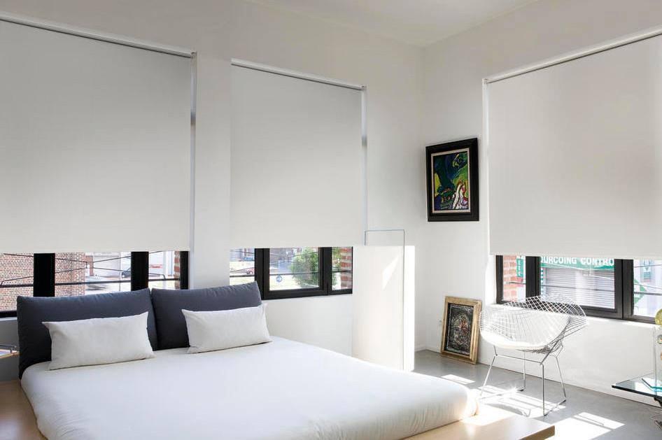 Rolgordijnen Slaapkamer 10 : Wat zijn de beste verduisterende rolgordijnen voor een slaapkamer