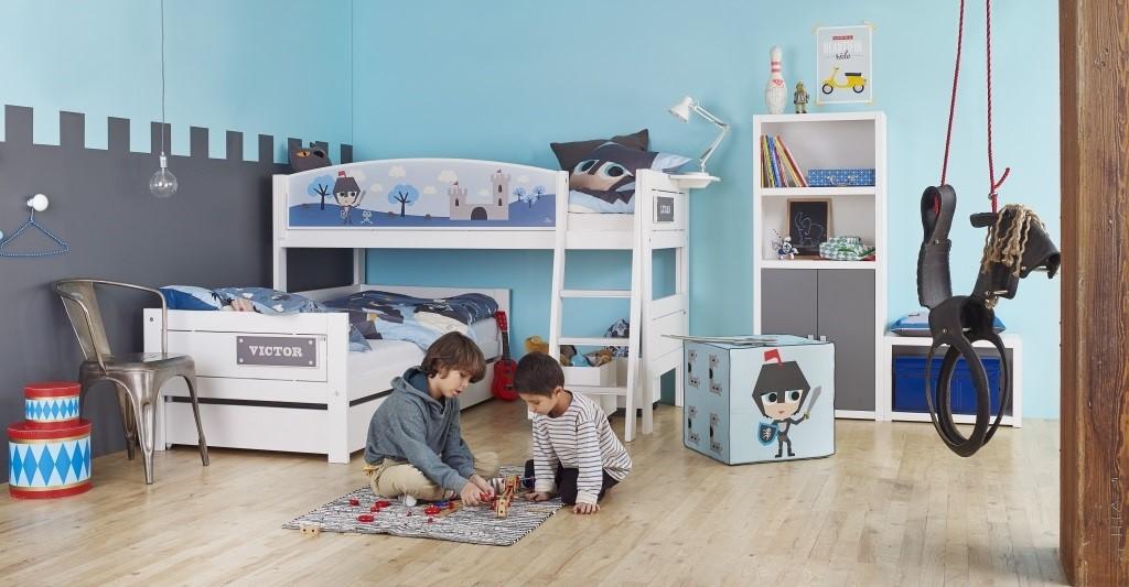 Stoere rolgordijnen in een jongenskamer rolgordijnenexpert online bestellen - Blauwe en grijze jongens kamer ...